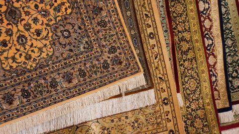 روش نگهداری فرش و تابلوفرش بافته شده